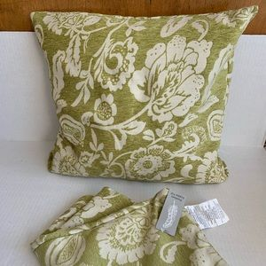 Anthropologie Style - set of Pillow Covers (BG)